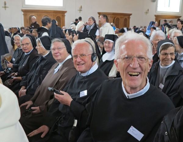 Wo ist unser Platz in der Kirche? Diese Frage stellen sich die Orden schon lange. Das Bild von Kapuziner Walter Ludin entstand an der Ordenstagung am 23, Juni 2015 in Baar.