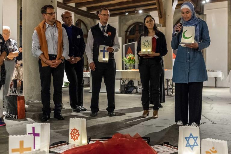 An der Veranstaltung «Unter einem Dach», dem Begegnungsanlass der Luzerner Religionsgemeinschaften vom 23. April 2015. | © 2015 Roberto Conciatori