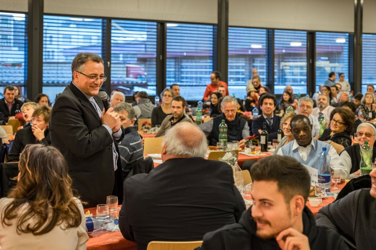 An der Feier am Nachmittag war der grosse Saal im Centro Papa Giovanni bis auf den letzten Platz besetzt.  | © 2015 Roberto Conciatori