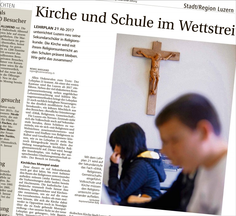 Der Artikel in der «Neuen Luzerner Zeitung» vom 4. Januar 2016 unterstellt einen «Wettstreit» zwischen Kirche und Schule bei der Einführung des Fachs «Ethik, Religionen, Gemeinschaft» auf der Oberstufe. Das trifft nicht zu. | Bildschirmfoto