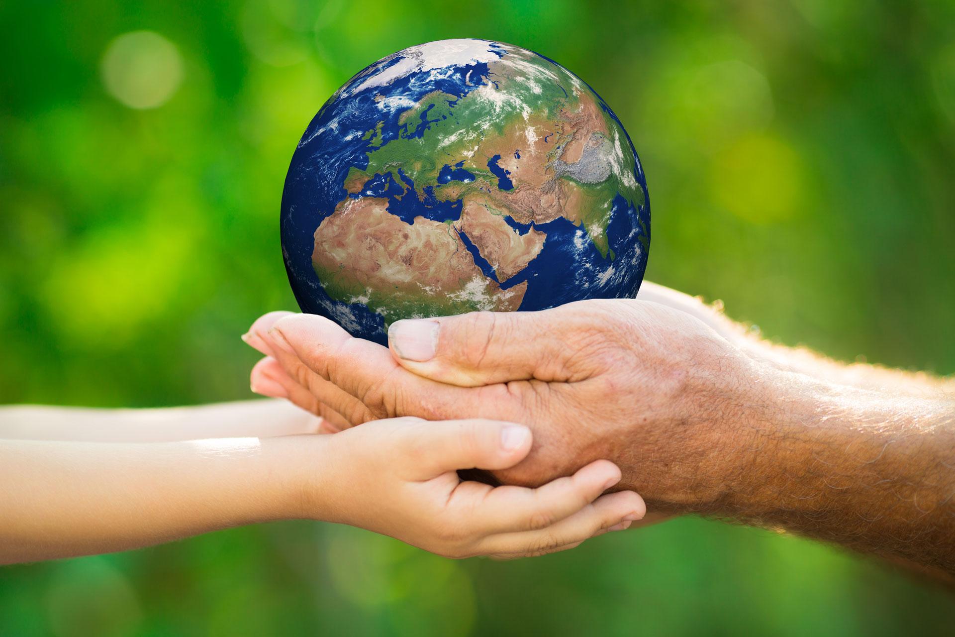 Die Verantwortung für das «gemeinsame Haus Erde» müsse gemeinsame Sorge aller Menschen sein, fordert Papst Franziskus. | © fotolia.de