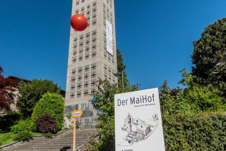 Im Kanton Luzern ist die Kirche St. Josef Maihof in Luzern die bisher einzige, die einer neuen, gemischten Nutzung zugeführt wurde. | © 2014 Roberto Conciatori