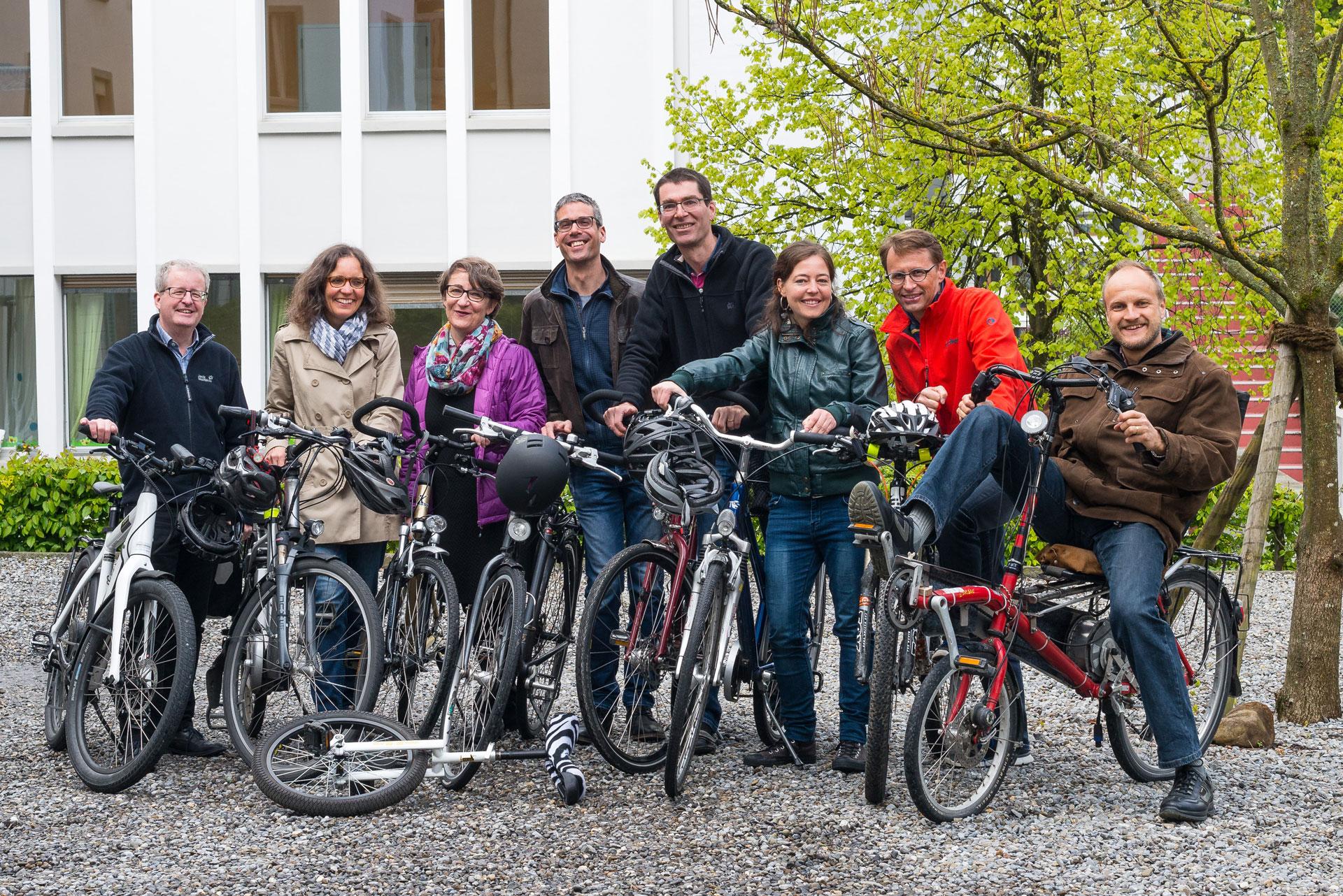 Im Mai und Juni vor allem mit dem Velo unterwegs: die Bike-to-Work-Teams der Fachbereiche und Verwaltung der Landeskirche. | @ lukath.ch