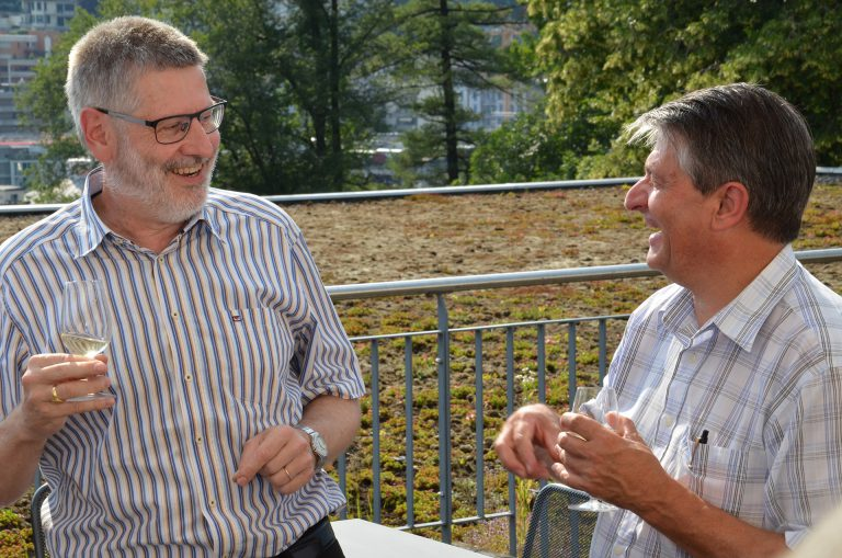 Synodepräsident Hans-Christoph Heim (links) und Synodalrat Hans Burri. | © 2016 Dominik Thali