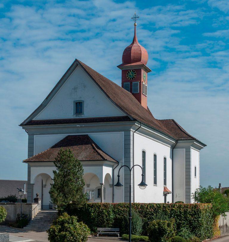 Die Kirche St. Johannes von Ufhusen, 1780 erbaut. | © 2016 pd