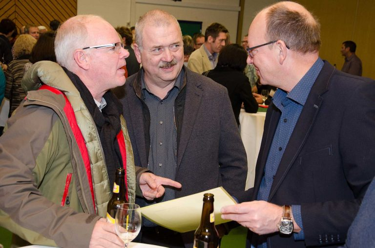 Kirchmeier im Gespräch (von links) Franz Buholzer (Adligenswil), Hans Duss (Meggen) und Robert Müller (Udligenswil).  © 2016 Dominik Thali