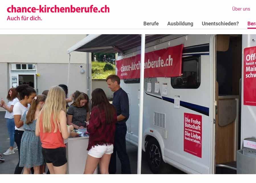 Das Chancenmobil ist unterwegs. Screenshot der Webseite chance-kirchenberufe.ch