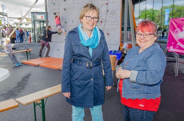 Annemarie Muff (links) und Margrith Anna Schopfer bildeten am Montag Morgen das Betreuungsteam. | © 2018 Dominik Thali