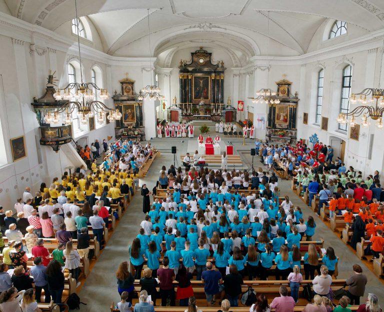 Wenn die Kroatinnen und Kroaten zusammen feiern, ist die Kirche voll: am «Cromin» in Malters am Pfingstmontag (21. Mai 2018). | © 2018 Ivan Ivic