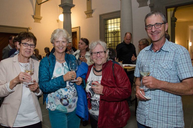 Beim Apéro zum Legislaturende (von links):  Edith Ineichen (Sursee), Doris Hupfer (Rothenburg), Hanni Brunner (Reussbühl) und Markus Kuhn (Menznau). | © 2018 Fleur Budry