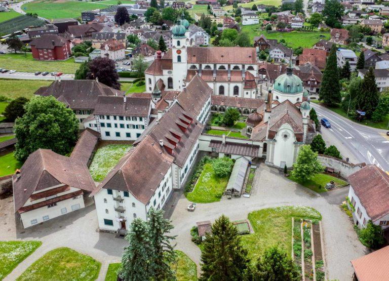 Das Kloster Eschenbach aus der Luft. Seine Geschichte reicht bis ins 13. Jahrhundert zurück. © 2019 Joe Kaeser