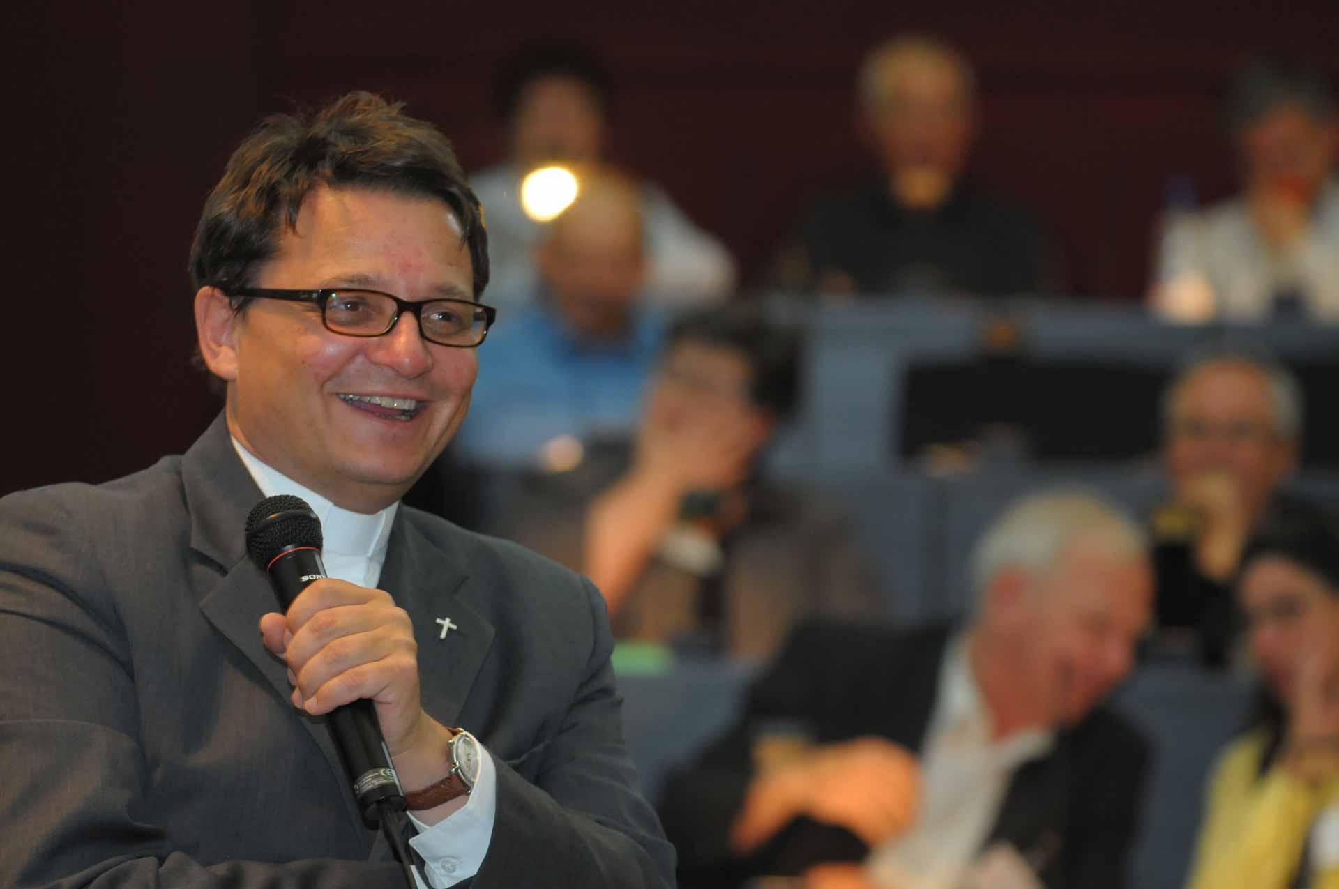 Bischof Felix Gmür bei seinem letzten Besuch der Luzerner Synode am 2. Mai 2012. Am 15 Mai 2019 ist er erneut hier zu Gast. | © 2012 Gregor Gander