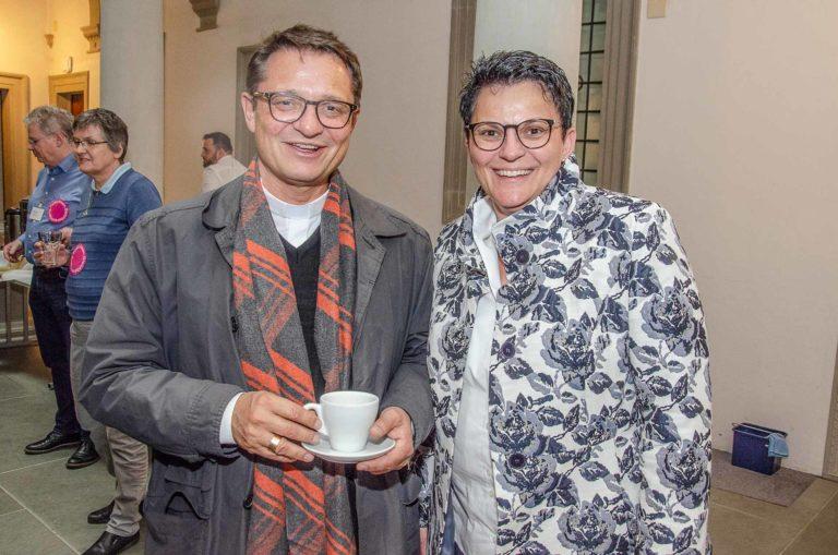 Bischof Felix Gmür mit Monika Emmenegger (Hildisrieden), Präsidentin der Fraktion Hochdorf. | © 2019 Dominik Thali
