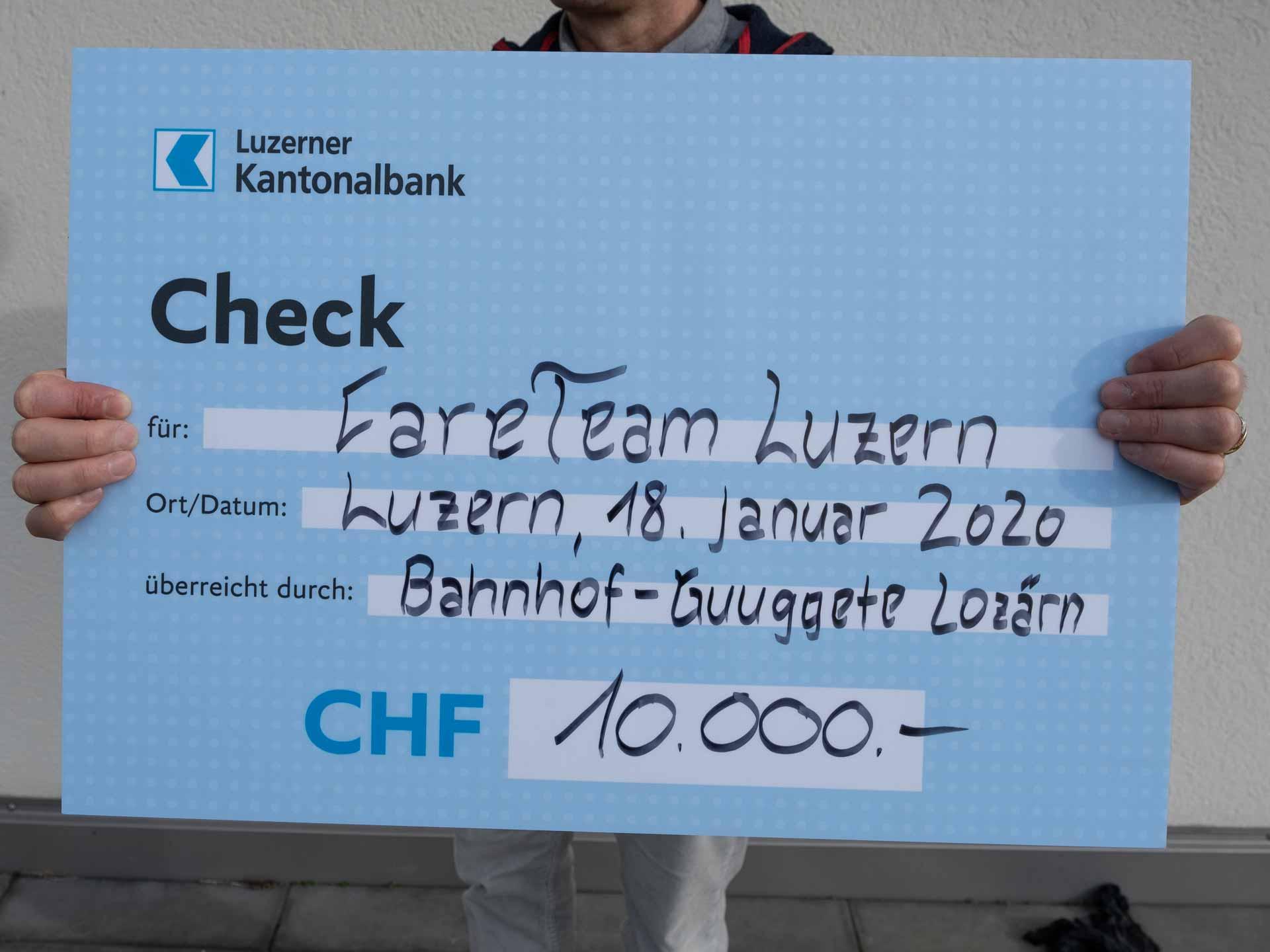 Stärkt die Organisation Notfallseelsorge/Care Team: Der Check der «Bahnhof-Guggete Lozärn». | © 2020 Dominik Thali