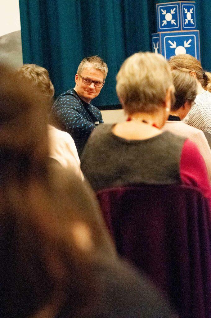 Christian Kelter, Gemeindeleiter der Pfarrei Hünenberg, der mit seiner Frau Regina eines der Ateiliers leitete. | © 2020 Thomas Stucki
