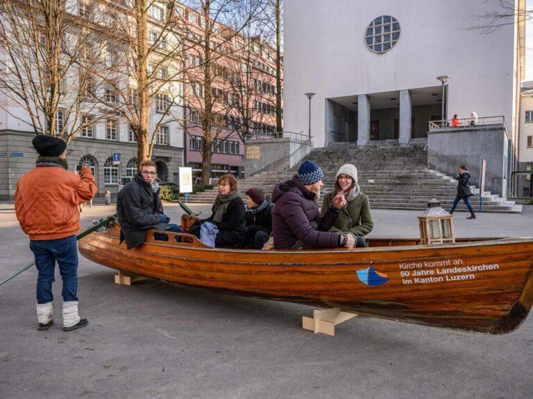 Kirche kommt an - zum Beispiel bei der kirchlichen Gassenarbeit Luzern. Bei den Dreharbeiten zum Kurzfilm dazu am 21. Januar. | © 2020 Roberto Conciatori