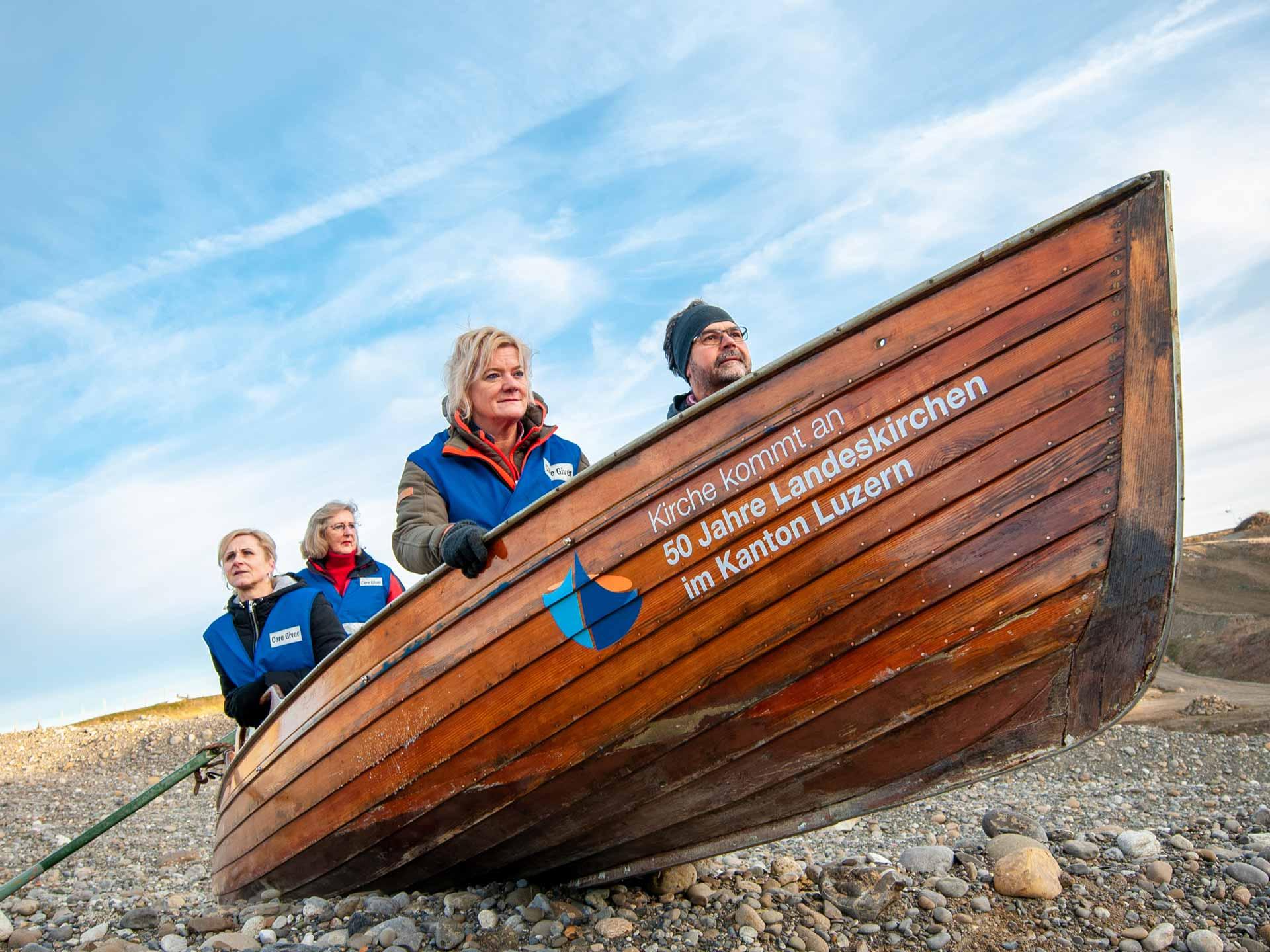 Wie ein Rettungsboot: Die Notfallseelsorge, sinnbildlich fotografiert vor einem Jahr aus Anlass des Landeskirchen-Jubiläumsjahrs. | © 2020 Thomas Stucki