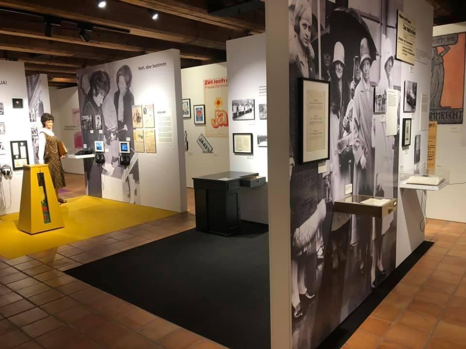 Ein Blick in die aktuelle Ausstellung des Historischen Museums in Luzern. Ylfete Fanaj war da.