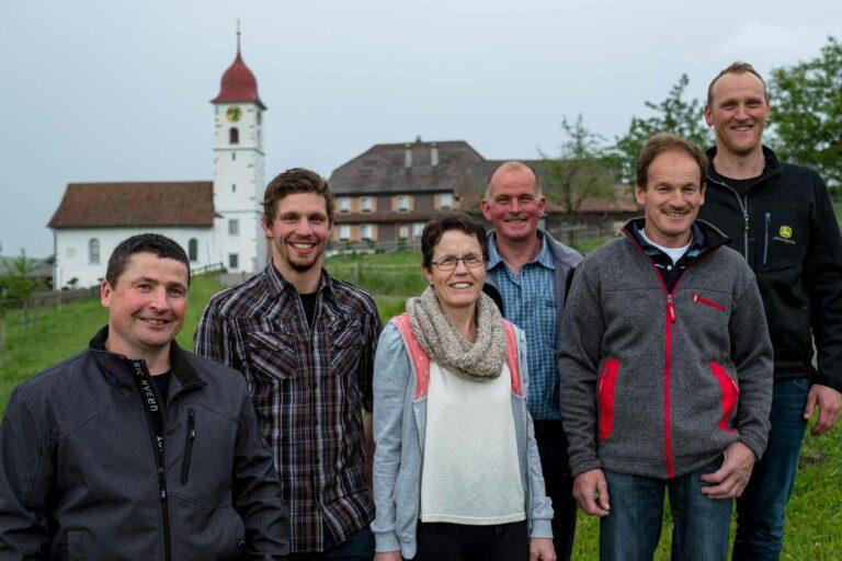 Der Vorstand der Kapellengenossenschaft Krumbach mit (von links) Bruno Koch, Daniel Muff, Silvia Furrer, Hanspeter Wyss, Hans Holzmann (Präsident) und Stefan Arnold.   © 2021 Gregor Gander